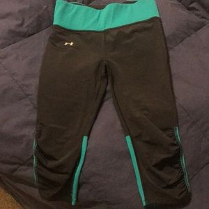 Under armor compression capris
